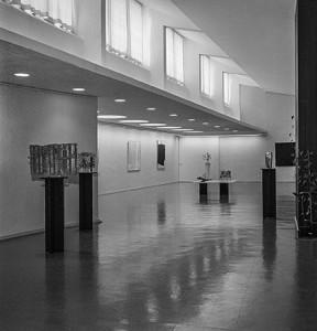 Heikki Häiväojan ja Ahti Lavosen näyttely Keski-Suomen museossa 1962.  Keski-Suomen museon kuva-arkisto. Kauko Kippo